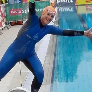 24 Stunden Schwimmen mit Claudia Müller VIDEO