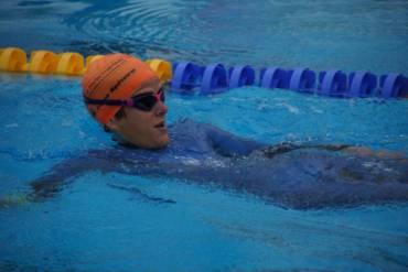Streckenrekord in Bad Radkersburg – CLAUDIA MÜLLER schwimmt 72,6 km